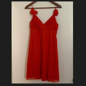Club Monaco silk v neck Dress sz 2